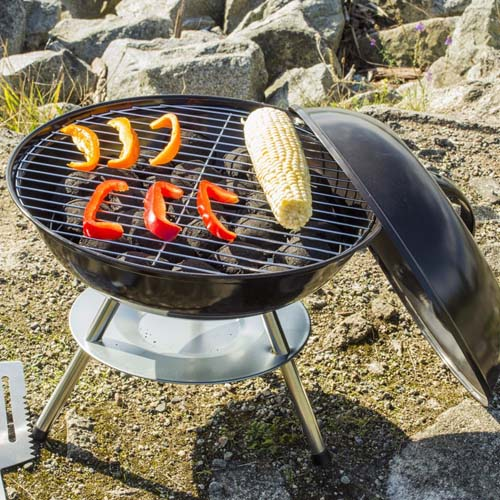 Delicieux Flamen 14 Inch Portable Charcoal BBQ Grill | Foodal.com