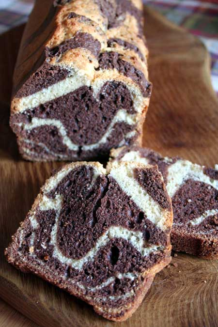 Do you love marble cake but have always wanted a dessert more unique? Something not everyone has at their luncheon? Try the world's easiest marble cake now. https://foodal.com/recipes/desserts/go-on-safari-with-this-splendid-zebra-cake/