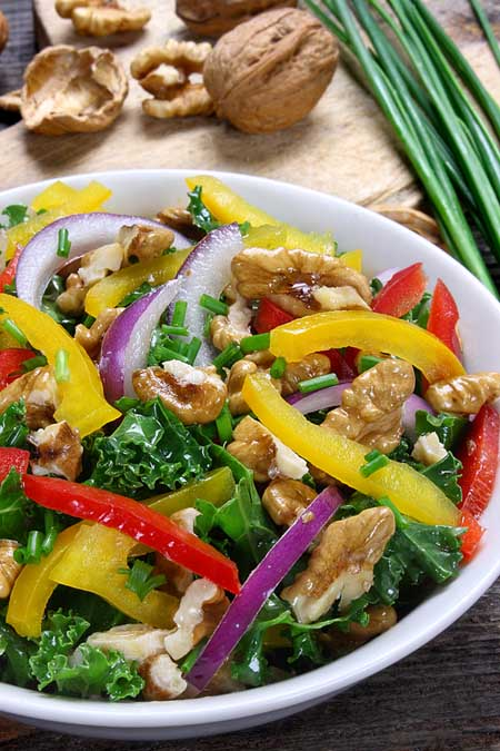 Kale, Peppers and Apple Salad