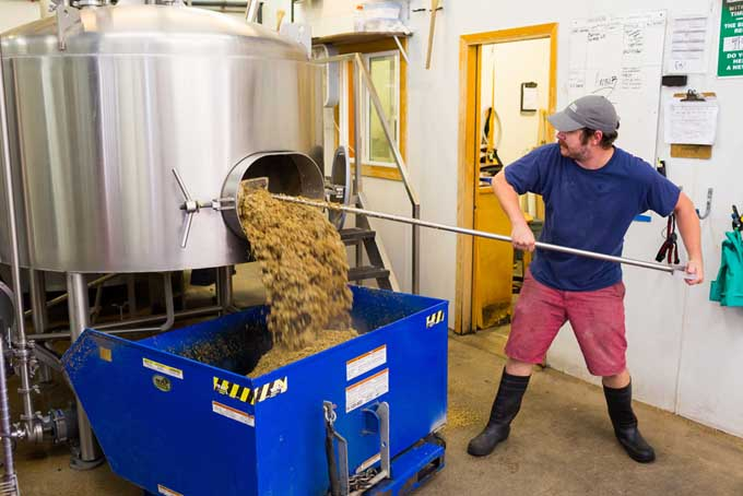 Making Craft Beer | Foodal.com