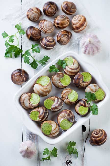 Making Escargots de Bourgogne | Foodal.com