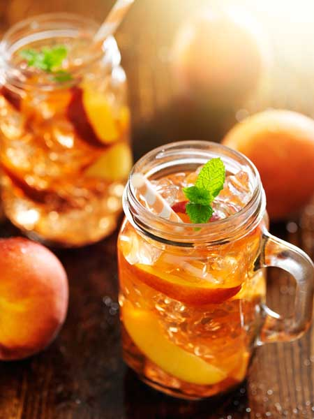 Real Peach Iced Tea | Foodal.com