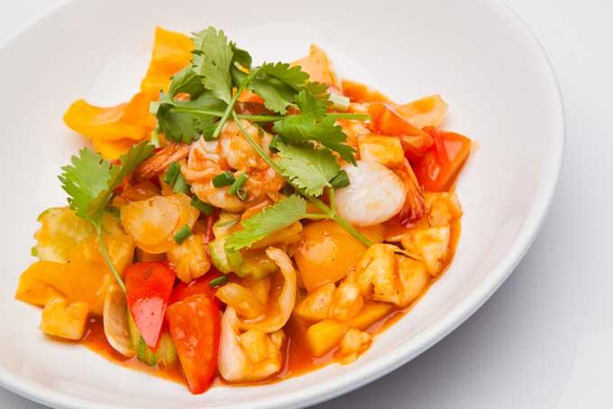 Sweet and Sour Prawns | Foodal.com