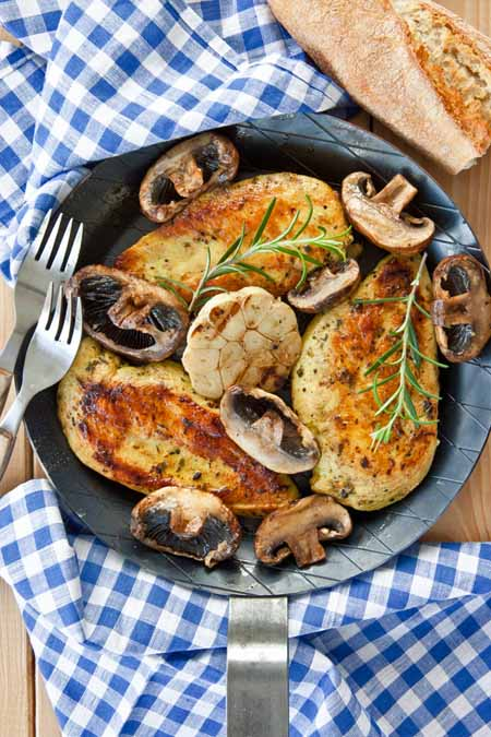 Garlic and Herb Chicken Breast | Foodal.com