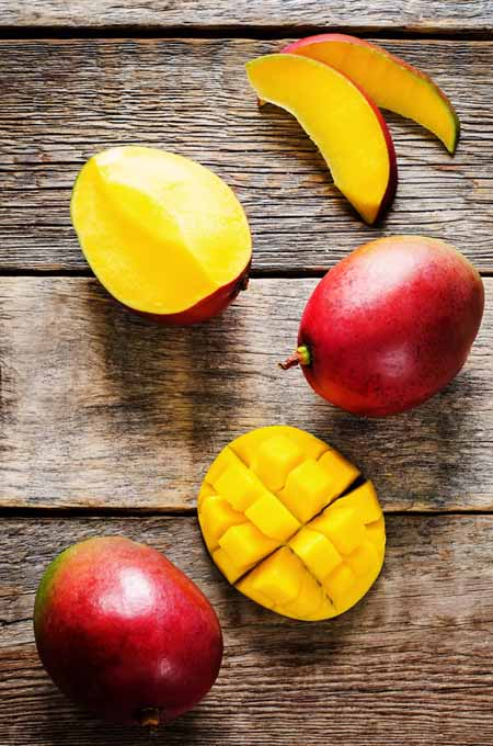 Health and Nutrition Benefits of Mangoes | Foodal.com