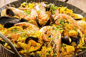 How to Make Paella De Marisco