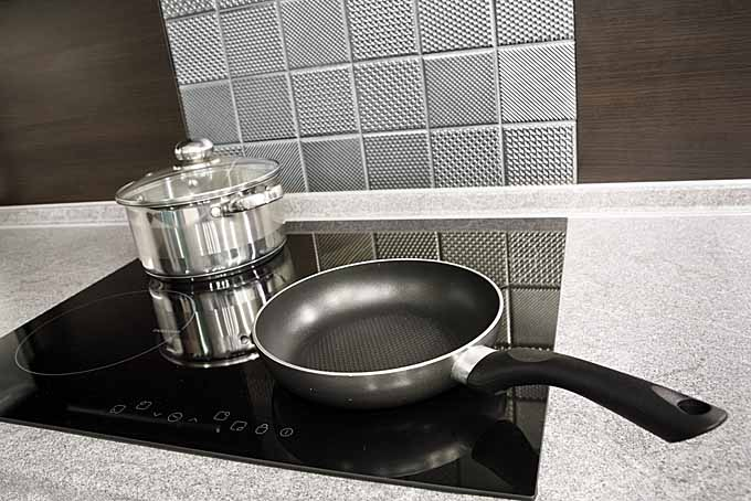 Induction and nonstick cookware | Foodal.com