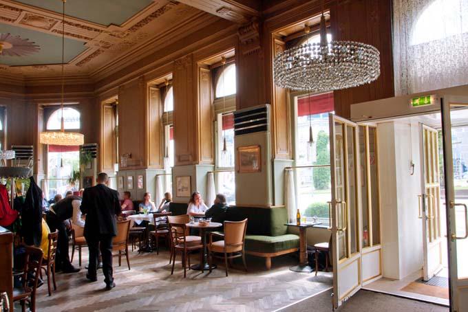 The Interior of Cafe Westend, Vienna, Austria | Foodal.com