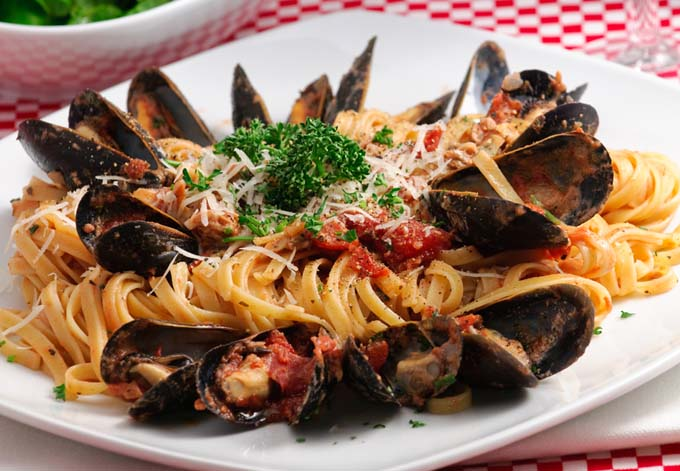 Linguine with Baked Clams Recipe