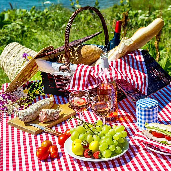 Picnic-Food-Foodals-Guide-to-the-Best-Ba