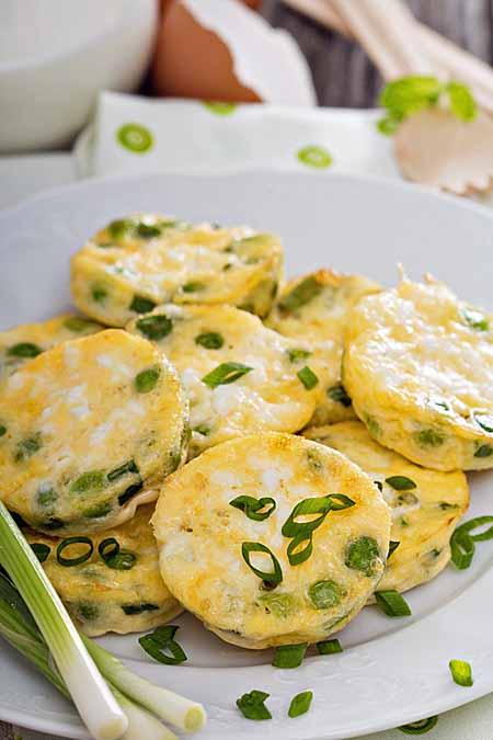Recipe for Mini Green Onion Frittatas with Peas and Feta | Foodal.com