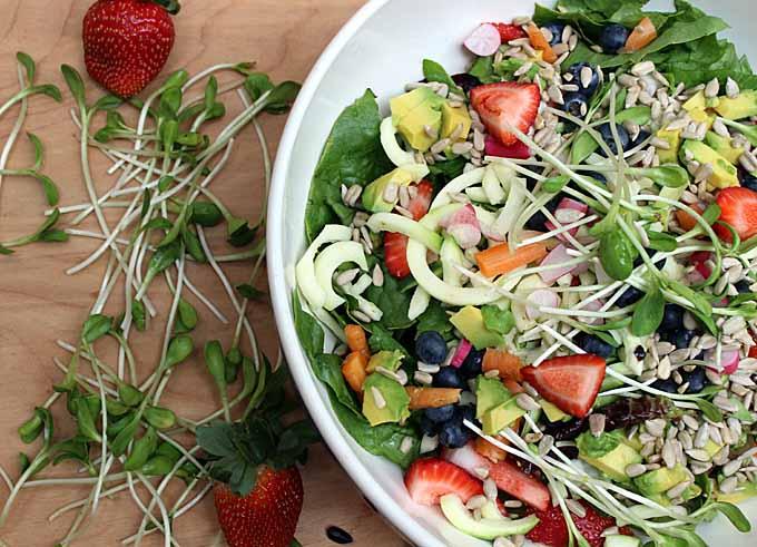 Spiralized Spring Salad | Foodal.com