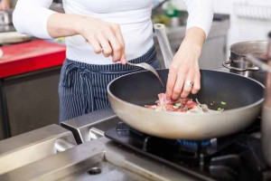 Choosing The Best Nonstick Cookware