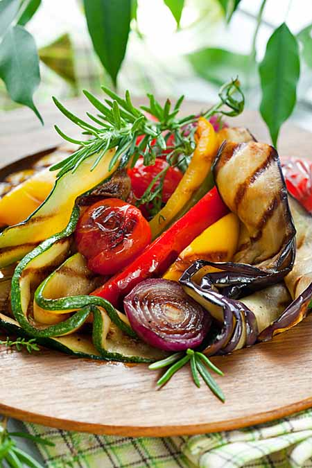 Make the perfect pasta salad in five easy steps foodal - Make perfect grilled vegetables ...