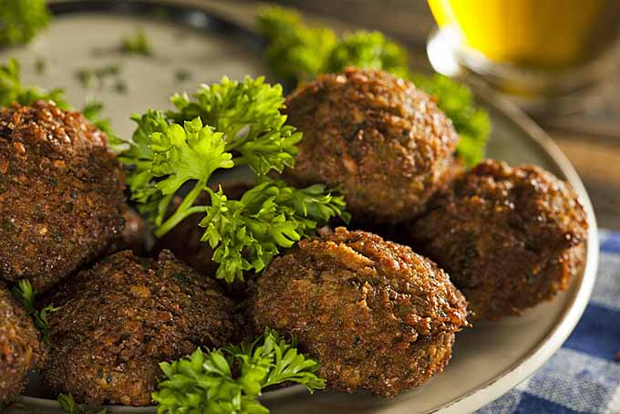 Vegetarian Garbanzo Bean Falafel Balls | Foodal.com