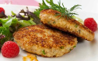 Western Crab Cakes With Lemon Aioli