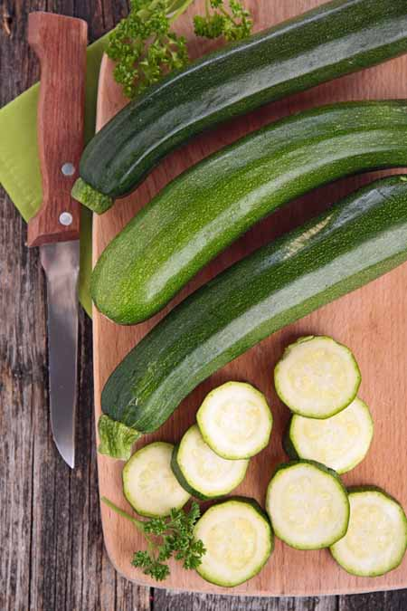 Preparing Fresh Zucchini - 11 Ways to Use Summer Squash | Foodal.com