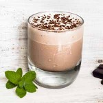 Frozen Peppermint Mocha Coffee Drink Recipe | Foodal.com