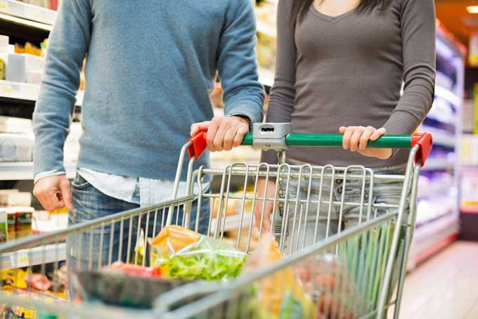 Grocery shopping while on vaction. The new trend? | Foodal.com