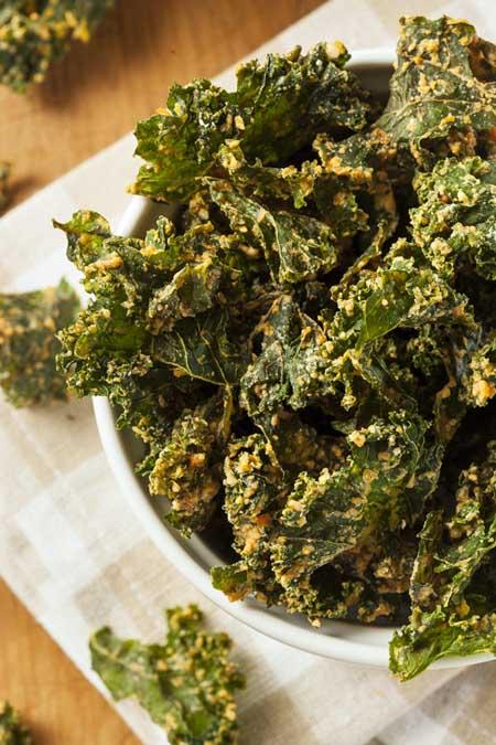 Dehydrated Kale | Foodal.comn