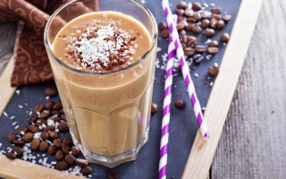 Coconut Chocolate Coffee Smoothie
