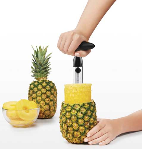 how to cut a pineapple without wasting