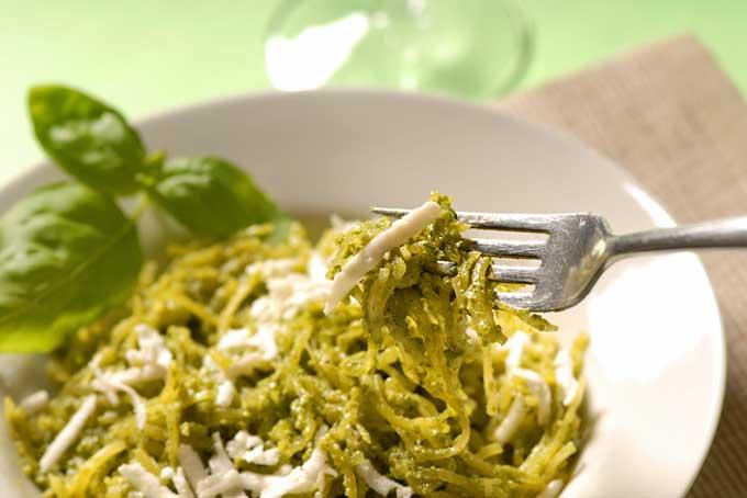 Pesto Spaghetti Squash | Foodal.com