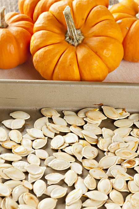 Recipe for Homemade Toasted and Seasoned Pumpkin Seeds | Foodal.com