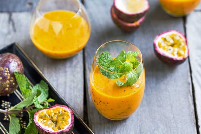 Recipe for Non-Alcoholic Passion Fruit Cocktail | Foodal.com