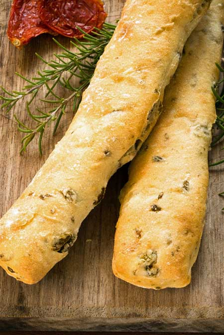 Recipe for Olive Oregano Bread | Foodal.com