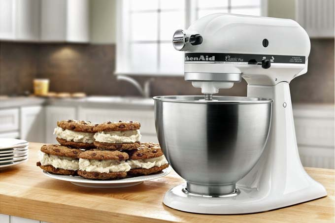 Review Of The Kitchenaid K45ssob 4 5 Quart Clic Series Stand Mixer Foodal