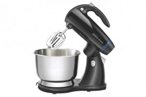 An Occasional Baker? Try the Low Priced Sunbeam MixMaster 2594