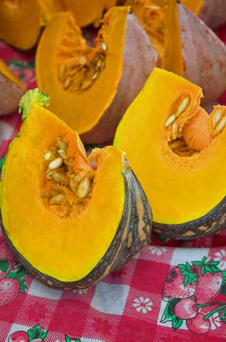 Wedges of Acorn Squash | Foodal.com