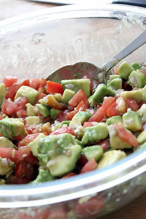Combine avocado and fresh tomato to make this tasty salsa to top your tacos: https://foodal.com/recipes/mexican-latin-america/shrimp-tacos/ 