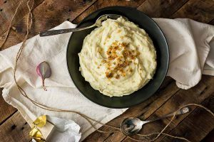 The Creamiest Vegan Mashed Potatoes