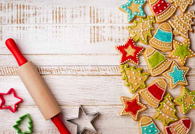 Homemade Christmas Gingerbread Cookies | Foodal.com