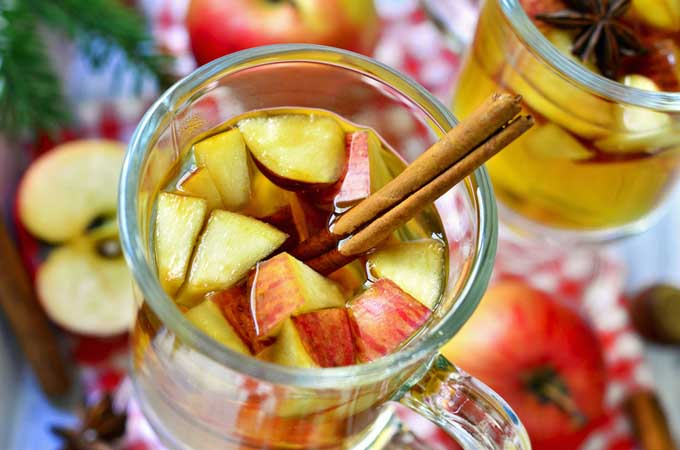 Recipe for spicy apple punch | Foodal.com