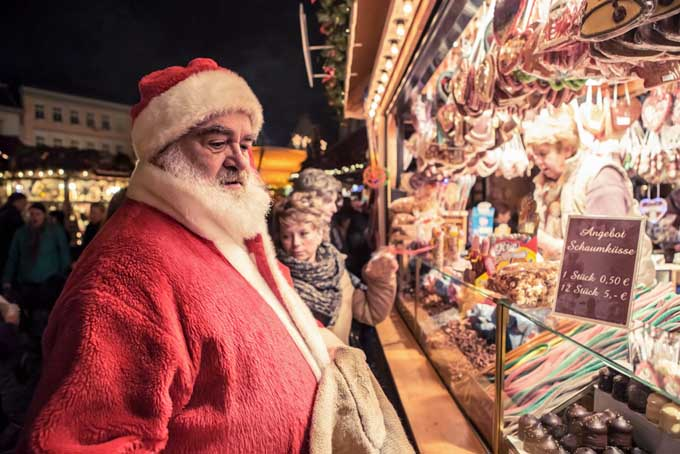 Santa at the Christmas Market in Coburg, Bravaria | Foodal.com
