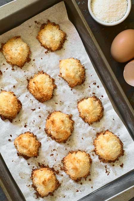 Coconut Macaroons | Foodal.com