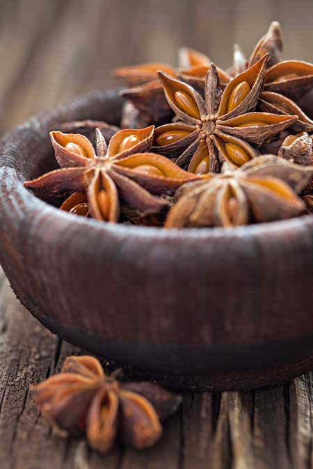 Seed pods of the star anise | Foodal.com