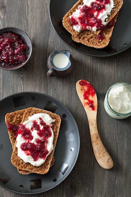 Bread with creme fraiche and lingonberry jam | Foodal.com