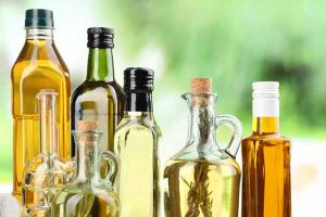 The Wonderful World of Vegetable Oils: Varieties, Flavor, and Uses for the Home Cook