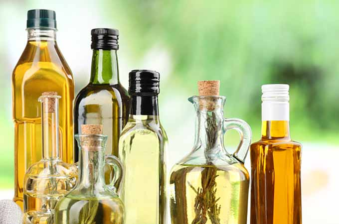 bottled vegetable oils | Foodal.com