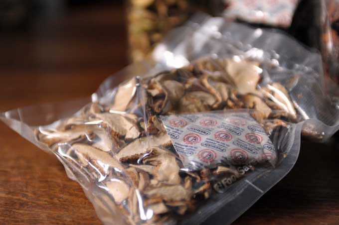 Oxygen Absorber Packet with Dried Mushrooms | Foodal.com
