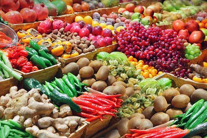 Market Fruits and Vegetables | Foodal.com