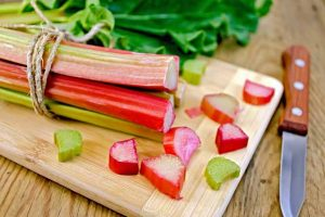 How to Cook and Use Rhubarb in the Kitchen