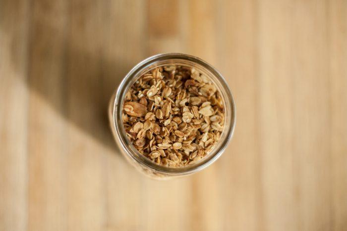 minimalist granola recipe / flw