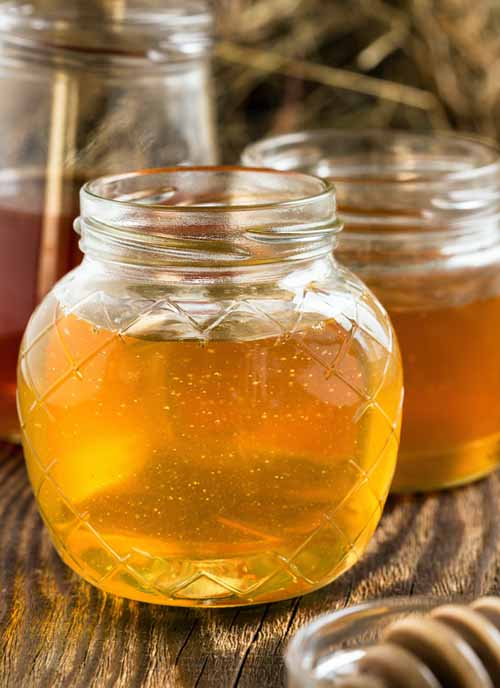 Find out everything you need to know about this original and natural sweetener. https://foodal.com/knowledge/paleo/honey-types-and-healing-properties/‎