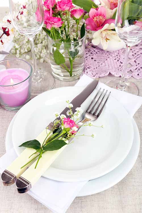 Set up a seasonally inspired table for your next springtime occasion. Read more on Foodal: https://foodal.com/knowledge/how-to/springtime-table-setting-tips/‎
