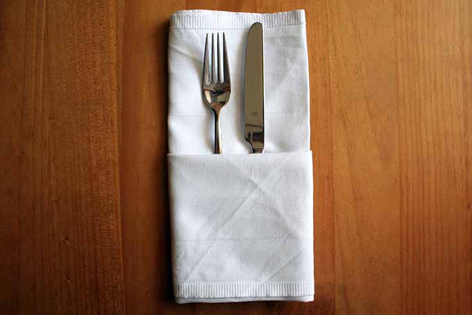 Cutlery Pouch Step 4 | Foodal.com